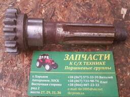 Вал коробки раздатки 151. 37. 378-3 на трактор Т-150 ХТЗ