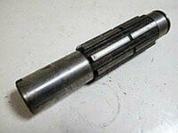 Вал редуктора КПП ЮМЗ-6 40-1701049