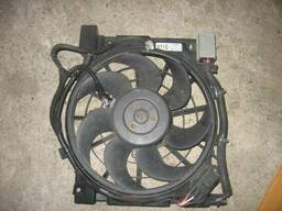 Вентилятор радиатора Opel Astra H 24467444 13241611. ..