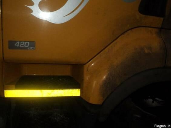 Верхняя подножка с крылом Рено Премиум 420 dci