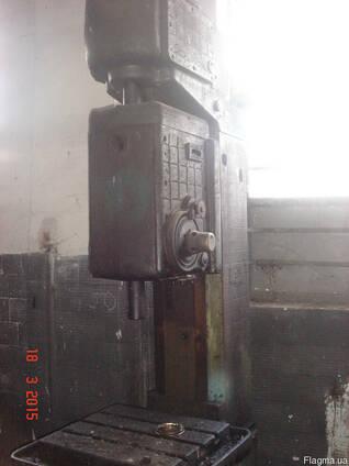 Вертикальносверлильный станок 2А135