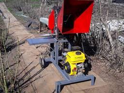 Веткоруб садовый измельчитель веток на 80 мм Бензиновый
