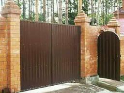 """Въездные деревянные ворота с калиткой """"Классик"""" из. .."""