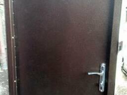 Входные металлические двери Эконом уличного типа