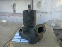 Водяной насос (помпа) Д-65 (ЮМЗ-6) без шкива Д11-С01-Б3