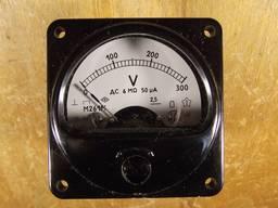 Вольтметр М261 0-300 В с добавочным сопротивлением Р102