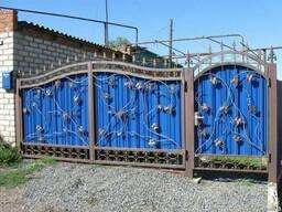 Ворота из профнастила с элементами ковки - фото 5