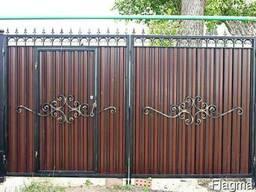 Ворота, калитки из профнастила с элементами ковки