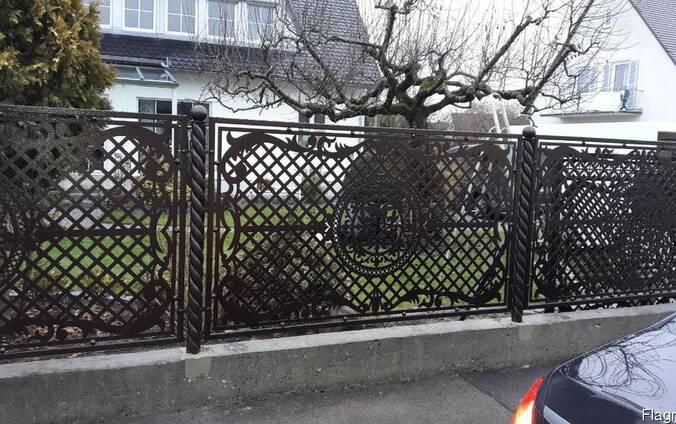 Ворота , огорожі, сходи металічні
