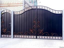 Ворота распашные металлические.