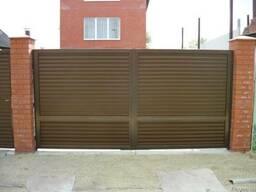 Ворота распашные въездные металлические