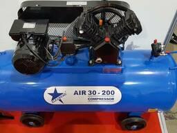 Воздушный поршневой компрессор Cleanvac Air 30-200 M