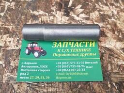 Втулка направляющая клапана СМД-14. . 18, СМД-31 14-0603