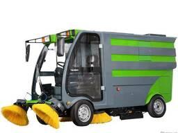 Вулична підмітально-прибиральна машина