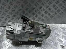 VW Touareg 7P0820803H Компрессор кондиционера Разборка