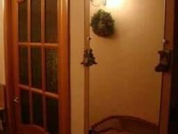 Вырезка узорчатого стекла в двери