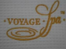 Вышивка на изделиях из вафельной ткани