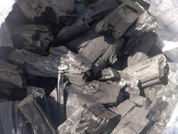 Высококачественный крупнокусковой древесный уголь