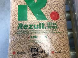 Wood pellets 6-8 mm from the manufacturer