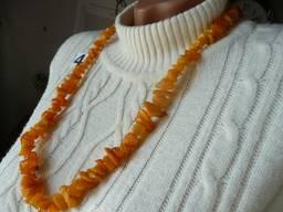 Янтарное ожерелье бусы белый королевский и медовый янтарь