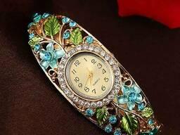 Яркие женские часы браслет Lvpai Brace