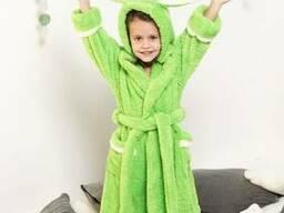 Яркий махровый халат зверушка для девочки