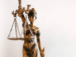 Юридичні послуги, реєстрація і ліквідація ФОП, ТОВ, ПП. ..