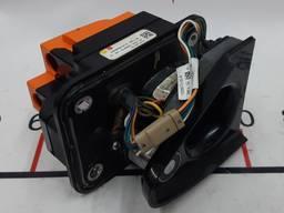 З/ч тесла. порт зарядки (под магнит) в сборе (usa) 1005612-