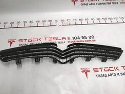З/ч Тесла. Решётка радиатора бампера переднего 1050143-00-E