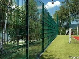 Забор из панелей с рёбрами жёсткости