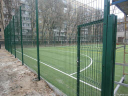 Забор из сварной сетки для детских площадок