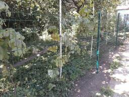 Установка забора и калиток из сварной сетки, секционный забор