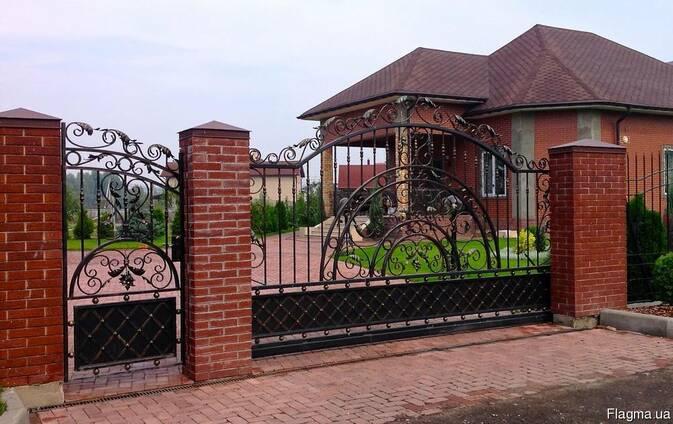 Заборы, калитки, ворота, тамбуры, оградки, перила, лестницы