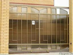Заборы ограждени из прфнастила и сварные с поликарбонатом