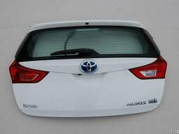 Заднее стекло Крышка багажника Ляда Б/У Toyota Auris (E180)