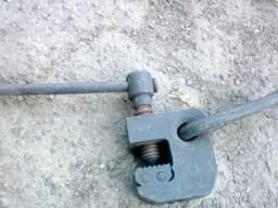 Захват-струбцина для листов метала со скобой