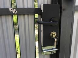 Замена замка двери, установка продажа замков ремонт замка и двери