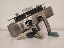 Замок, ручки, цилиндр для китайской метал двери - продажа, замена, ремонт, установка