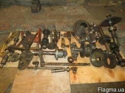 Запасные части (валы, шестерни, муфты, копиры, фрикционные