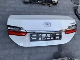 Запчасти тойота Toyota Corolla 17г. Крышка багажника в сборе