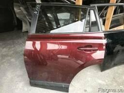 Запчасти Тойота Toyota RAV4 15г. Дверь задняя левая в сборе