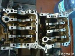 Запчастини двигуна субару аутбек
