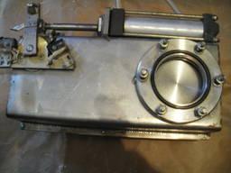 Затвор вакуумный шиберный Ду = 57 мм.