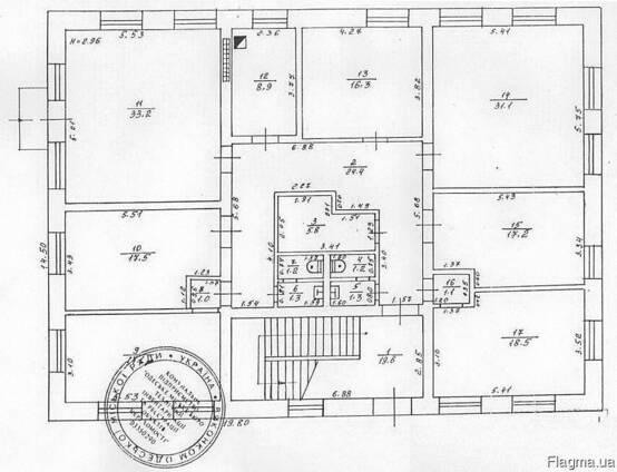 Здание 672 м. в три этажа центр пос. Таирово, Одесса