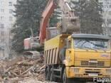 Демонтаж зданий гидроножницами на базе колесного экскаватора - фото 1