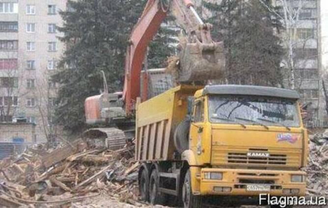 Демонтаж зданий гидроножницами на базе колесного экскаватора