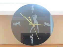 Зеркальные часы Соблазн