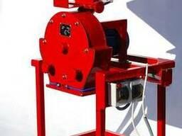 Зернодробилка дробилка ДКУ на 4 кВт до 650 кг/час 220-380В