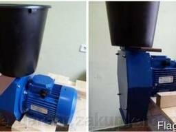 Зернодробилка Эликор-3 Для зерновых 3 кВт, до 240 кг/час