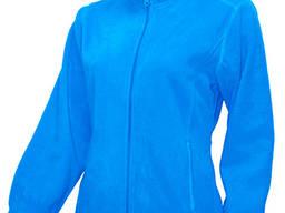 Женский флисовый свитер голубого цвета.
